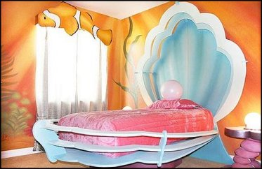 finding nemo-mermaids-clamshell bed-underwater theme bedroom